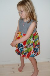 363 kjole ulltyll