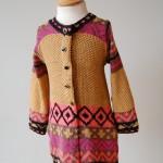 Kjole. Str. 4-5 år. Kode: 399. Pris kr. 400,-. Redesign av kjole fra Gudrun Sjødén, omslagskjole, bomull. finvask
